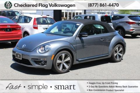 Pre-Owned 2015 Volkswagen Beetle 2.0T R-Line FWD 2D Convertible