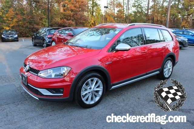 New 2017 Volkswagen Golf Alltrack TSI S 4Motion