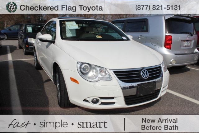 Pre Owned 2010 Volkswagen Eos Lux 2d Convertible In